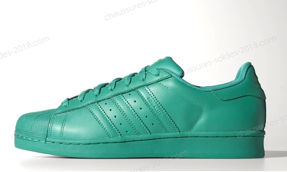 En Solde Adidas x Pharrell Williams Superstar upercolor Pack S83390 Basketball Chaussures sea bleu Meilleure qualité - En Solde Adidas x Pharrell Williams Superstar upercolor Pack S83390 Basketball Chaussures sea bleu Meilleure qualité-01-0